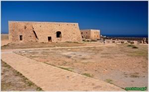 Rethymno - budynki amfiteatru w obrębie fortecy