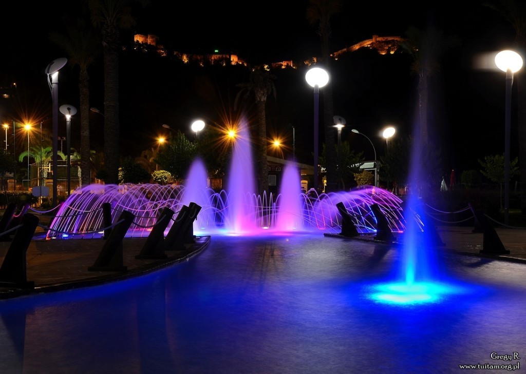 Alanya promenada z fontannami