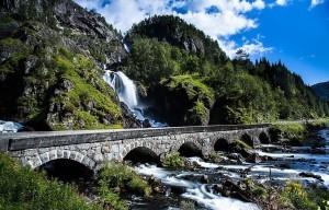 Norwegia Wodospad Latefossen 1
