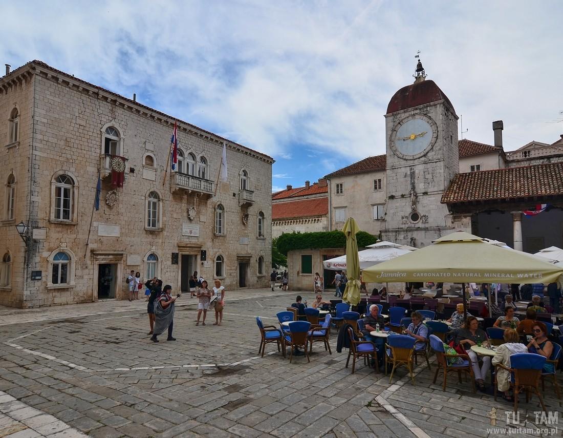 Trogir, wakacje w Chorwacji, zwiedzanie Trogiru